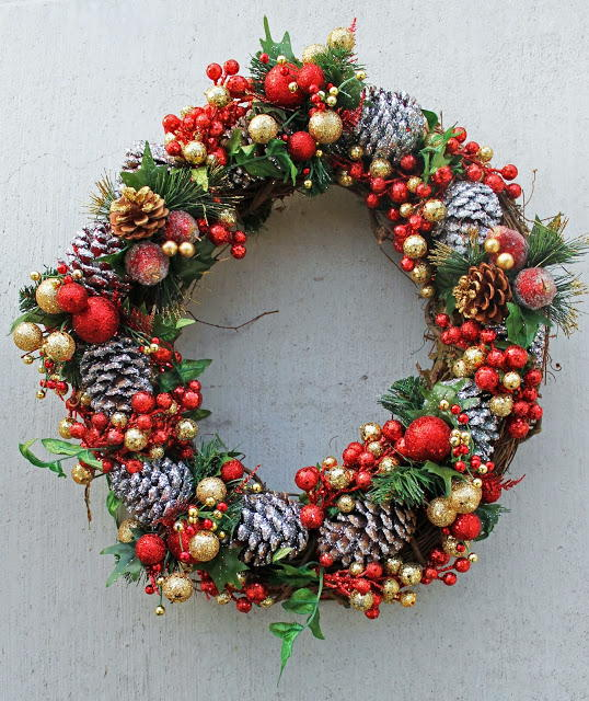 Pine Cone DIY Wreath