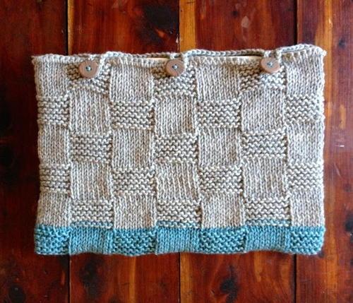 Laptop Sleeve Basketweave Knitting Pattern | AllFreeKnitting.com