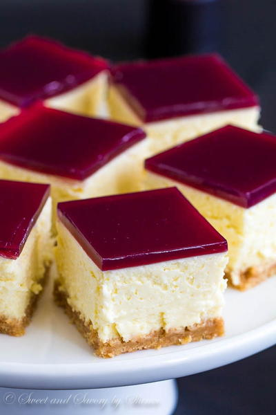 Cheesecake Bars with Wine Gelee