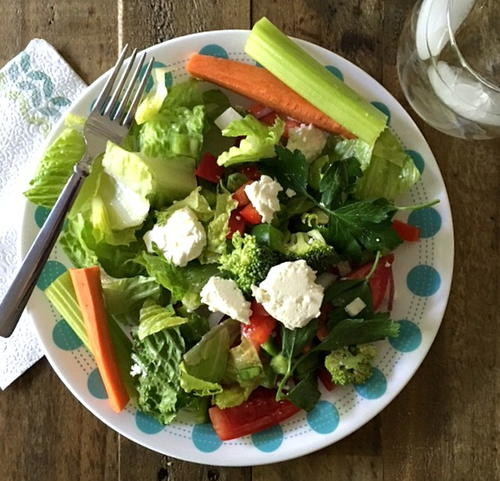 Simple Greek Salad with Homemade Dressing