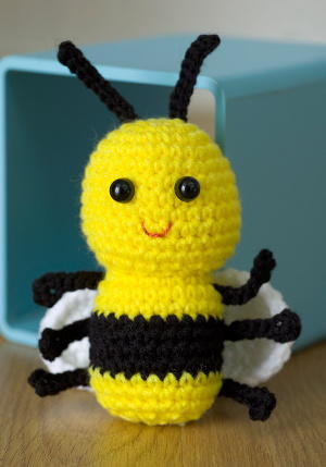 Cute Bee Crochet Pattern