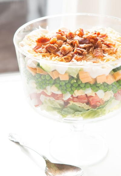 Old-Fashioned 7-Layer Pea Salad