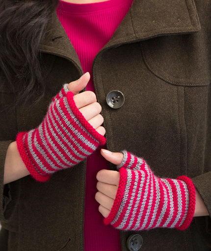 Red Heart Knitting Pattern Mittens : Sleek Striped Fingerless Gloves AllFreeKnitting.com
