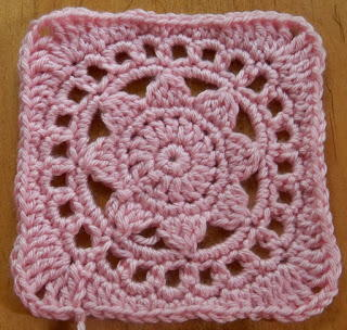 Lacy Sunflower Granny Square