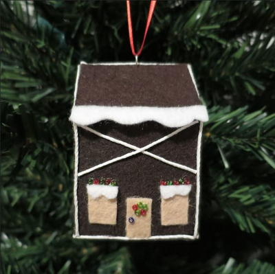 Fun Felt Gingerbread House