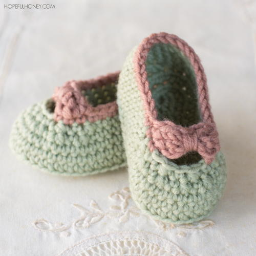 Little Lady Baby Crochet Booties