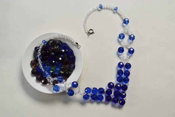 Blue Crystal Necklace Pattern