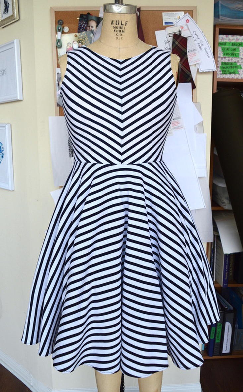 Modern Grace Dress Pattern Allfreesewing Com