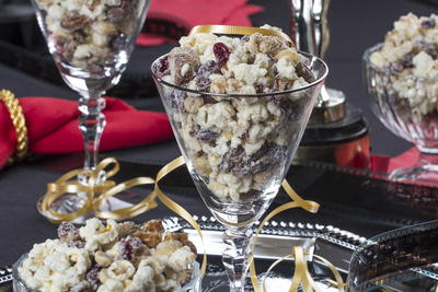 Red Carpet Popcorn Crunch