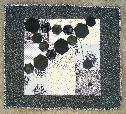 Halloween Hexagon Mini Quilt