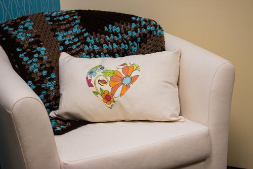 How to Craft a Decorative Pillow