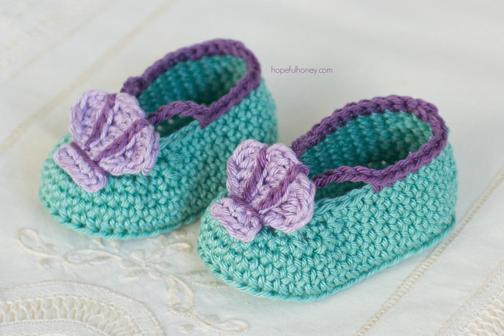 Mermaid Baby Booties | AllFreeCrochet.com