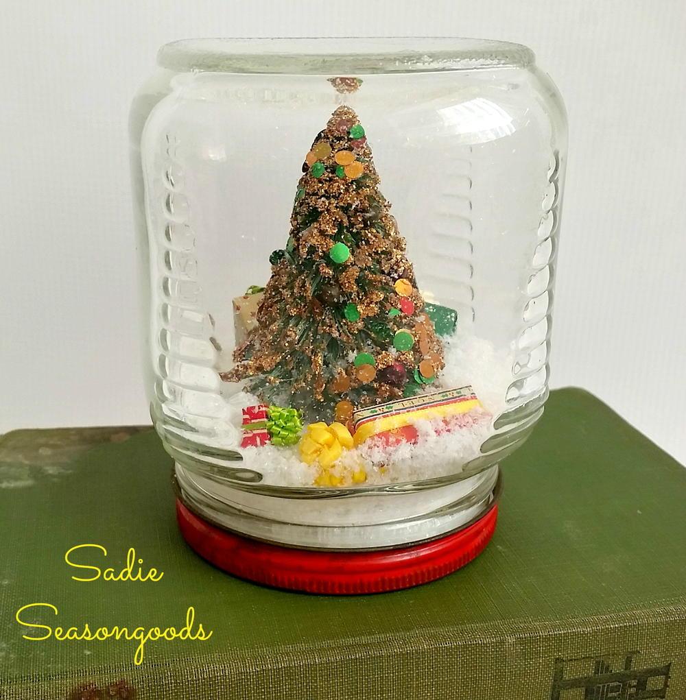 Country Christmas Waterless Snow Globe