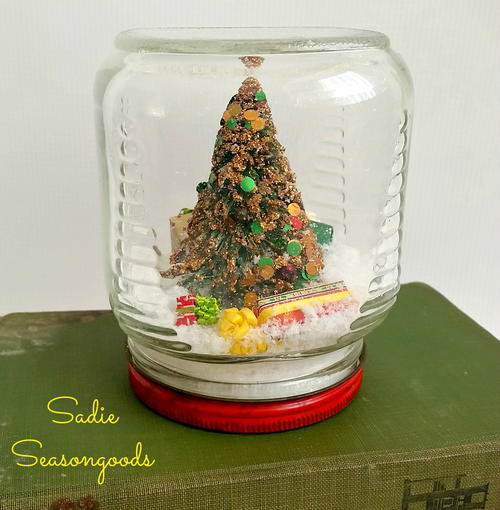 Country Christmas Waterless Snow Globe