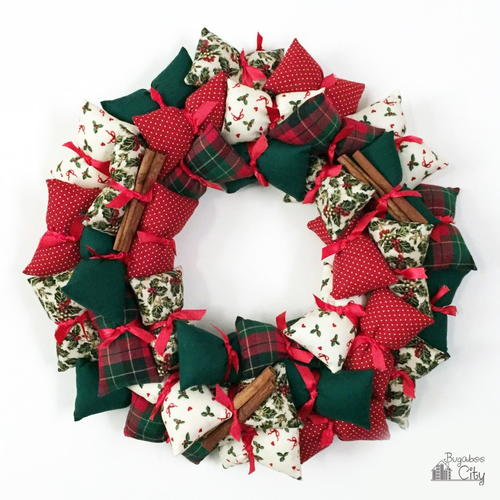 Pillow DIY Holiday Wreath