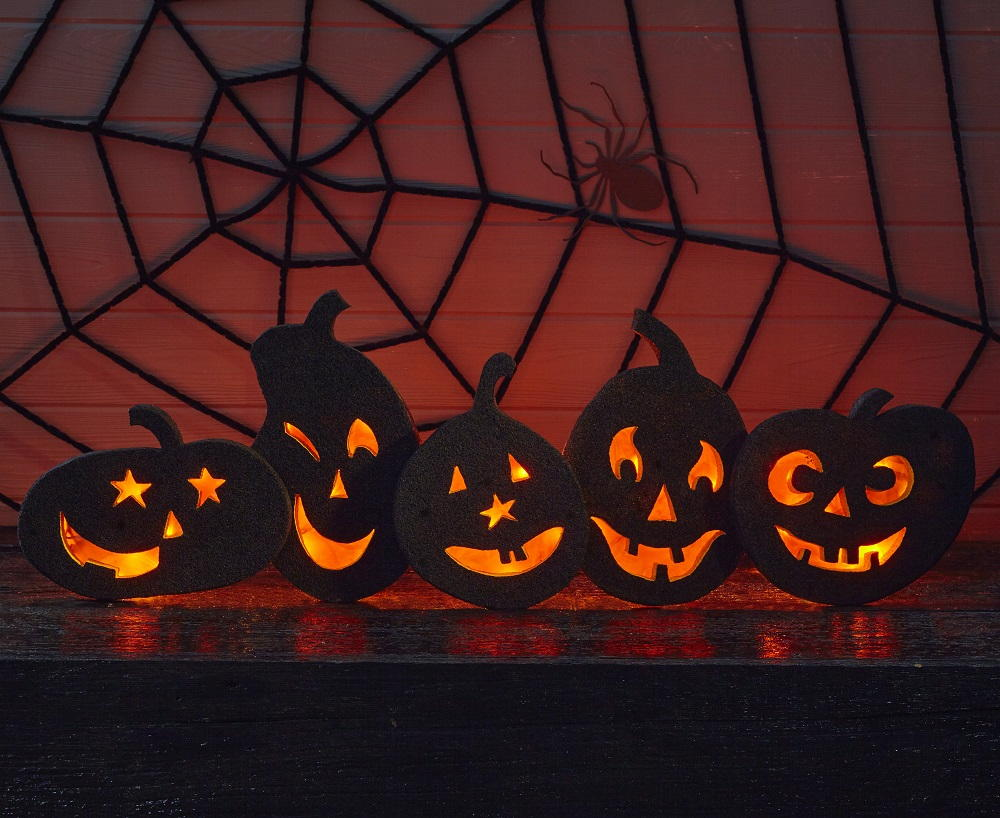 Glowing Jack O Lantern Silhouettes Allfreeholidaycrafts Com