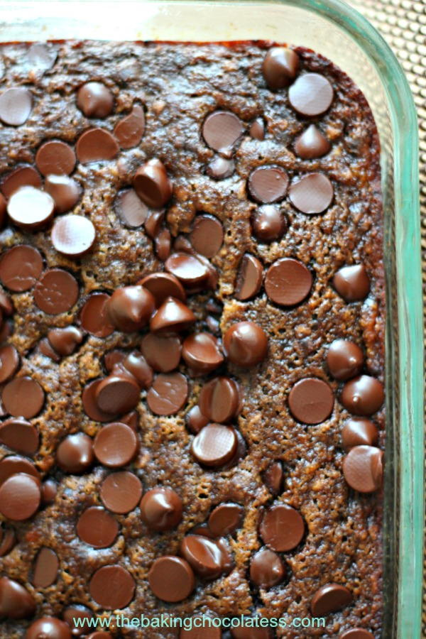 Double Dark Chocolate Banana Snack Cake | RecipeLion.com