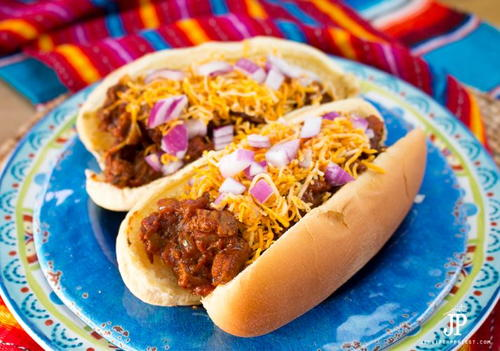 Grilled Mexican Chili Dogs