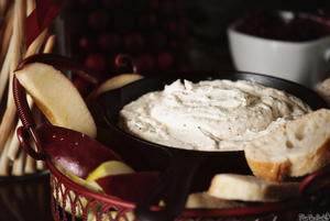 Slow Cooker Goat Cheese Fondue