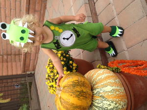 Turn a Baby Romper Into Tick Tock Croc Costume