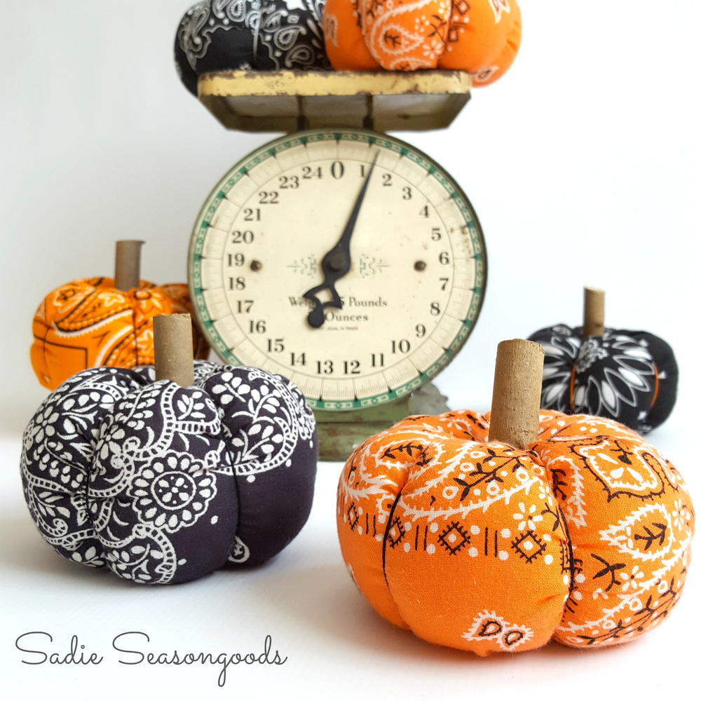 Vintage Halloween Bandana DIY Pumpkin ...