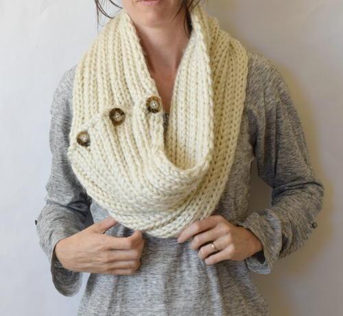 Two Ways Trendy Knit Cowl Favecrafts Com