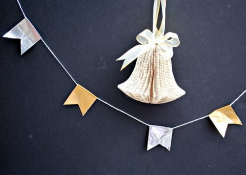 Beyond Easy Silver and Gold Garland Idea