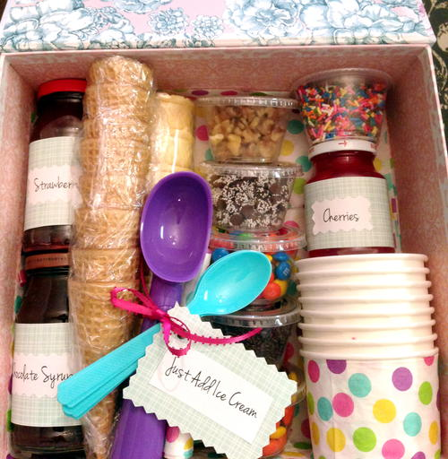 How to Make a Simple Sundae Gift Basket