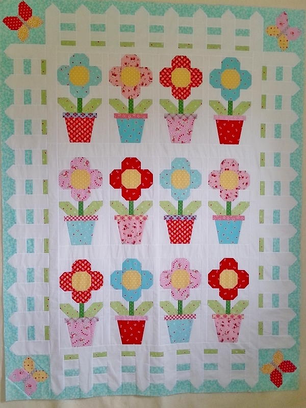 Cottage Blooms Quilt Pattern Favequilts Com