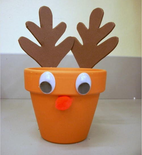 Easy Reindeer Treat Holder Christmas Craft