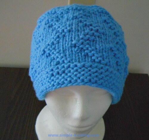 Free Knitting Hat Patterns For Beginners : Beginner Zig Zag Hat AllFreeKnitting.com