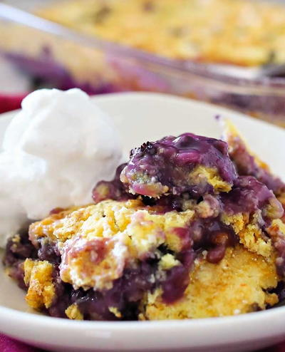3-Ingredient Blueberry Cobbler