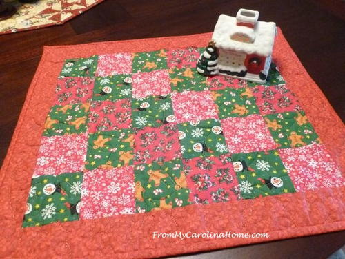 Quick Christmas Diagonal Squares Reversible Table Topper