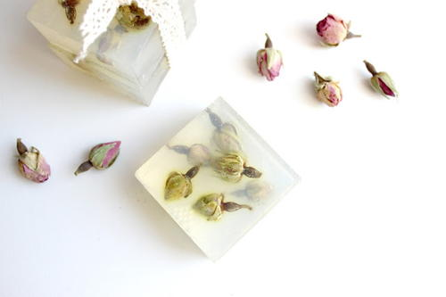 Dried Roses Glycerine Soap