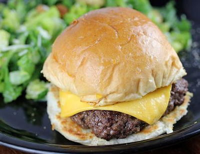 Steak n Shake Garlic Steakburger Copycat Recipe