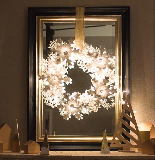 Glowing Snowflake Wreath