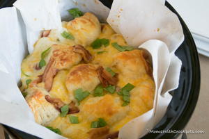 Slow Cooker Bacon Cheddar Pull Apart Bread