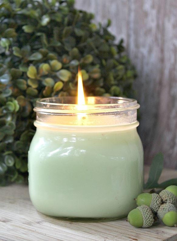 DIY Scented Candle with Eucalyptus Oil