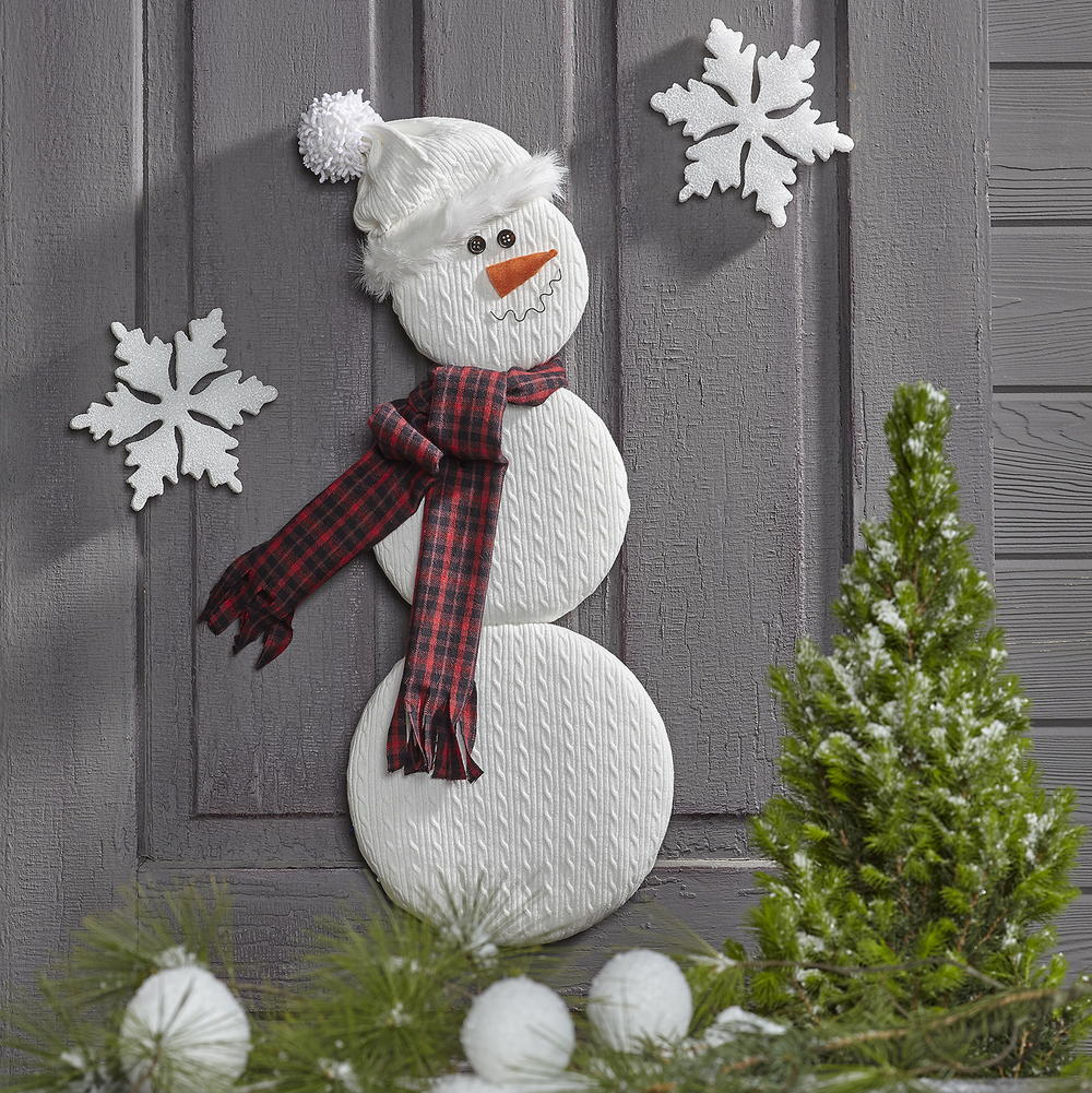craft christmas decorations ideas snowman door decor favecrafts 3755