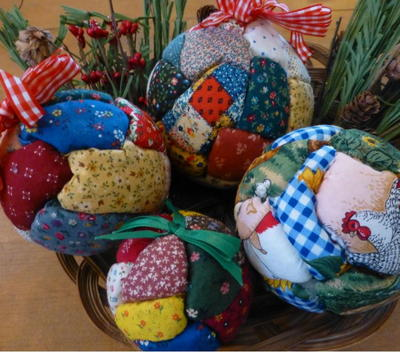 Quilted Christmas Ball Ornaments