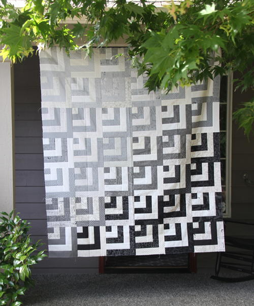 Grayscale Jelly Roll Quilt Tutorial