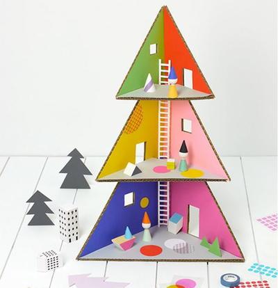 Christmas Tree Cardboard Doll House Allfreechristmascrafts Com