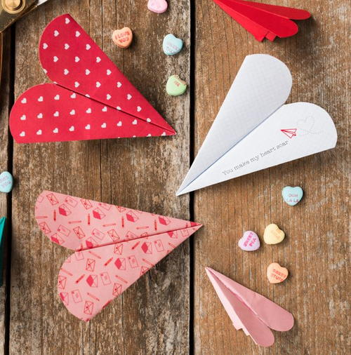 how to make a heart paper airplane