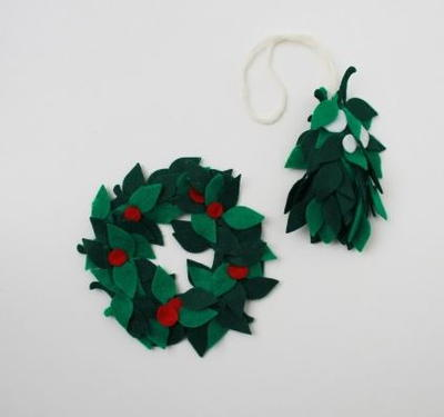 Wreath and Mistletoe DIY Ornaments