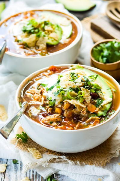 Healthy Slow Cooker Chicken Tortilla Soup