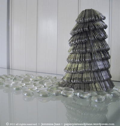 Dazzling Silver Christmas Tree Paperclip Project