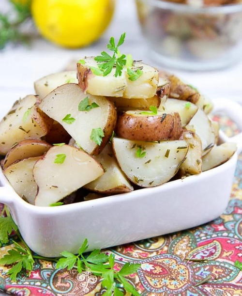 5 Ingredient Slow Cooker Rosemary Potatoes