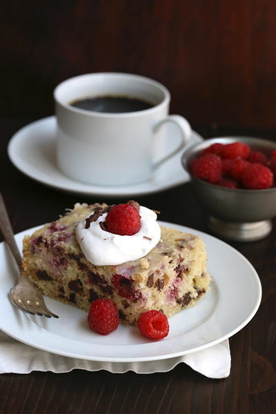 Slow Cooker Raspberry Coconut Cake