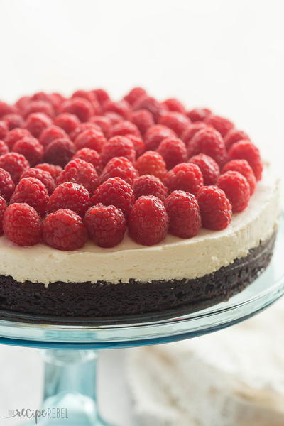 Brownie Bottom Cheesecake with Raspberries