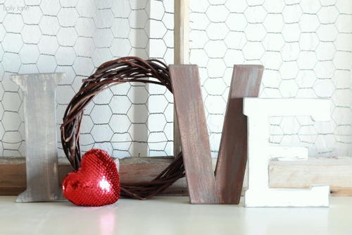 Love Letters Valentines Day DIY Decor